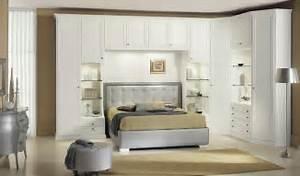 armadi per camera da letto moderni: mobili per camera da letto ... - Parete Attrezzata Camera Da Letto