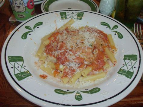 five cheese ziti olive garden olive garden s five cheese ziti al forno recipe 5