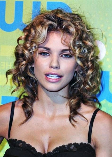 Hairstyles For Curly Hair For by 20 Hairstyles For Curly Frizzy Hair Womens Feed Inspiration