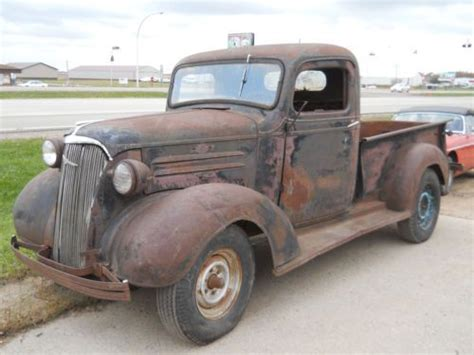 Sell used 1937 Chevy Pickup 1/2 ton short box street rod