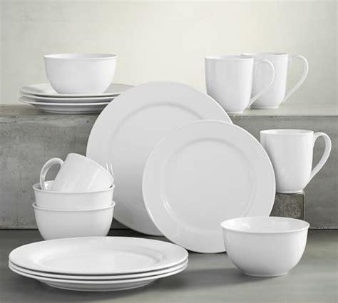 pottery barn white dishes great white dinnerware pottery barn