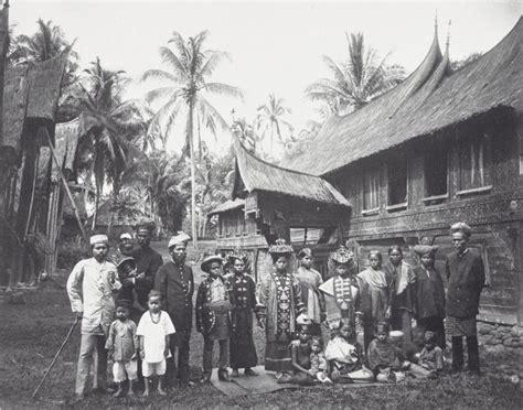 tambo minangkabau wikipedia sunda ensiklopedi bebas