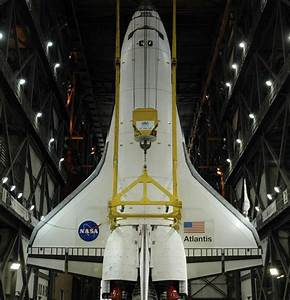 Gaping Inside The Huge Vehicle Assembly Building NASA Used ...