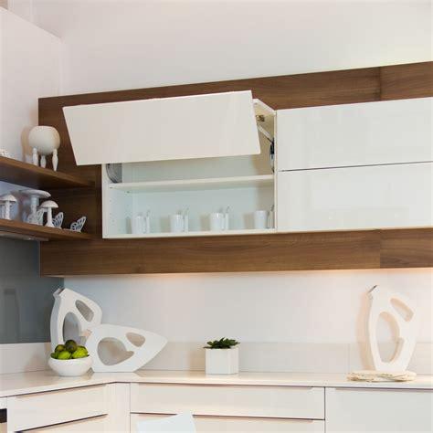 cuisine blanc laqu cuisine mobalpa tallys laqué blanc brillant meuble