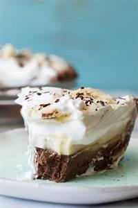 Chocolate Banana Cream Pie - House of Yumm