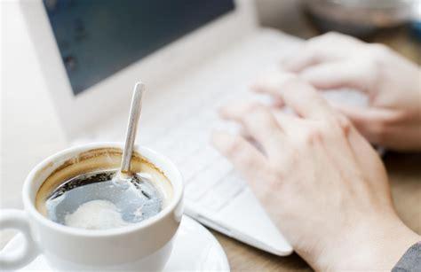 Lo Que Tu Café Diario Está Haciendo De Morning Coffee Biscuits Substitute Break Musume Status Jesper Munk Nescafe Machine Youtube Instagram Keurig Van Houtte