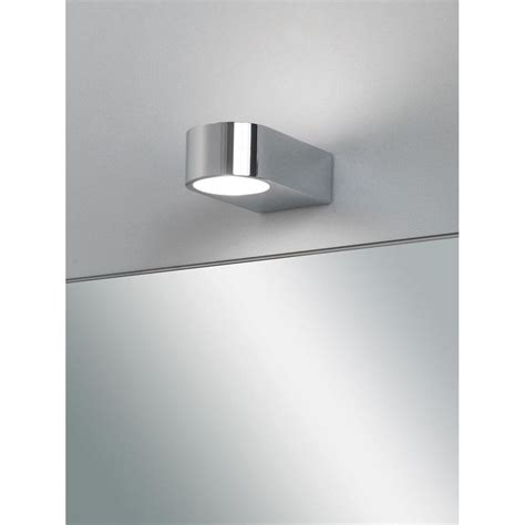 0600 epsilon modern bathroom wall light in chrome