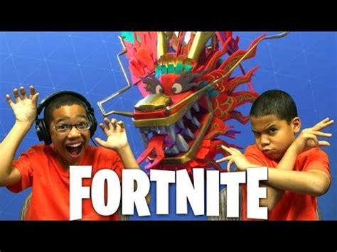 fortnite battle royale season  kids playing fortnite