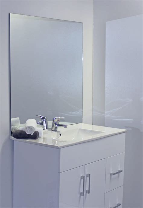 bathroom mirror    shower screens splashbacks