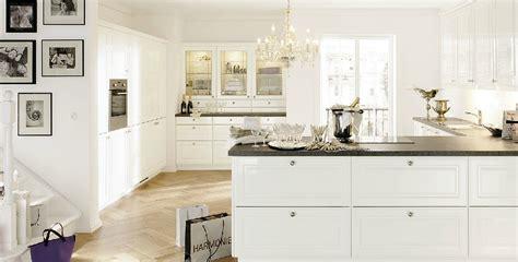 cuisine alno cuisine alno avec plan de travail gris du jura photo 17 20 ultra brillante et