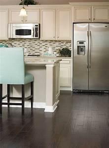 Küche Mit Side By Side Kühlschrank : amerikanische k hlschr nke liegen im trend und sind sehr praktisch ~ Frokenaadalensverden.com Haus und Dekorationen