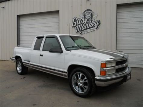 sell   chevrolet  wd extended cab offered