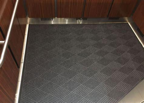 Scraper/Wiper Elevator Mat   Waterhog Eco   FloorMatShop