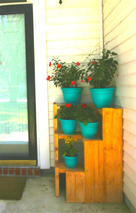 remodelaholic 20 easy diy 2x4 projects