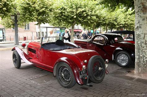 Type 44 was the most produced bugatti from that era, with over 1100 units. automobileweb - bugatti type 44 roadster usine 2_3 places