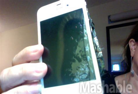 iphone blows up iphone 4 blows up