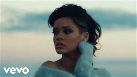 Rihanna  Diamonds (مترجمة) Youtube
