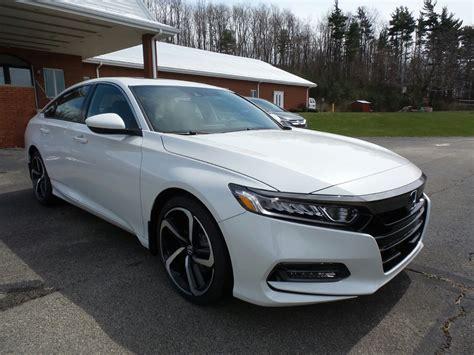 2018 honda accord sport 2.0t (self.whatcarshouldibuy). New 2018 Honda Accord Sedan Sport 2.0T 4dr Car in Indiana ...