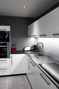 Hotte Sous Meuble : 1000 ideas about plan de travail on pinterest kitchens ~ Melissatoandfro.com Idées de Décoration