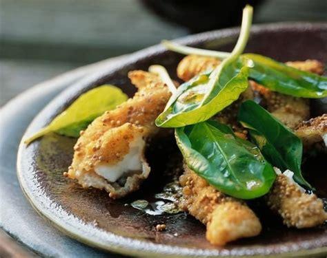 cuisiner du carrelet recette croustillants de carrelet pané aux graines de