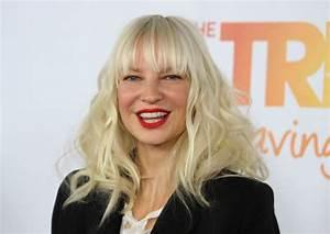 Sia Furler: Net Worth, Age, Acting, Youtube, Music (Career ...