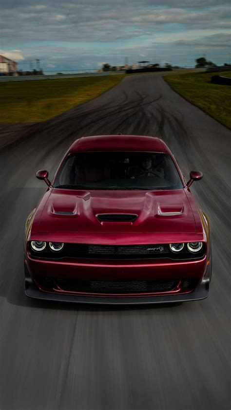 Find the best dodge challenger black hellcat wallpaper on getwallpapers. Dodge Challenger Srt Hellcat iPhone Wallpaper - iPhone Wallpapers : iPhone Wallpapers