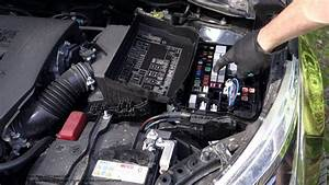 How To Detect And Replace A Blown Fuse In Car