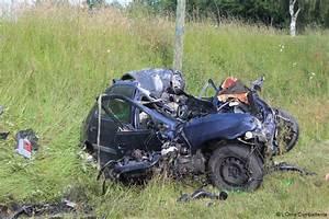 Accident De Voitures : accident de voiture hier dans le morbihan voitures ~ Medecine-chirurgie-esthetiques.com Avis de Voitures
