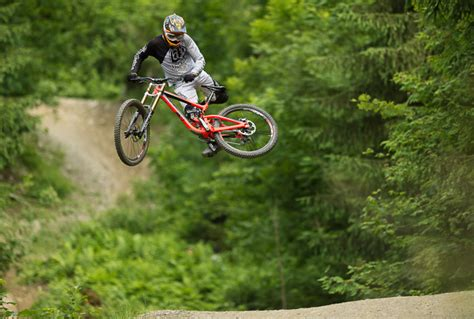 Best Downhill Mountain Bike