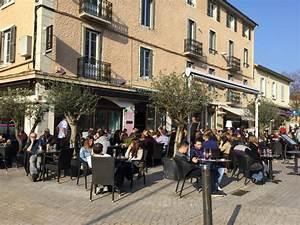 Rcs Bourg En Bresse : caf de la comedie bourg en bresse commerces magasins ~ Dailycaller-alerts.com Idées de Décoration