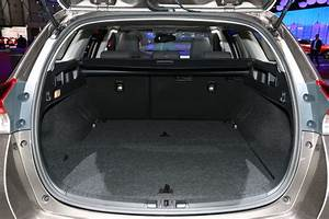 Toyota Auris Break Hybride : renault m gane estate 2016 quels rivaux pour le break m gane 4 toyota auris touring sports ~ Medecine-chirurgie-esthetiques.com Avis de Voitures