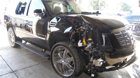Tiger Woods' Car Had Flat Tires, He Was Asleep At Wheel