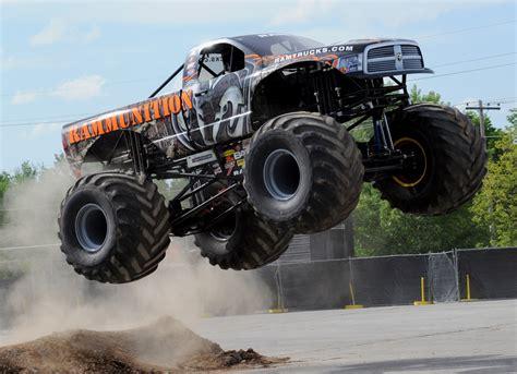 wheels monster trucks videos monster truck monster truck trucks 4x4 wheel wheels d