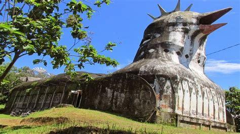 misteri tak kasat mata  tempat wisata gereja ayam