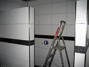 Selbstklebende Bordüre Fürs Bad : schwarze bord ren im badezimmer coesfeld ~ Watch28wear.com Haus und Dekorationen