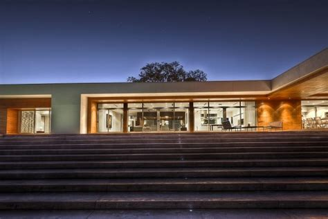 florida lakehouse residence  max strang architects