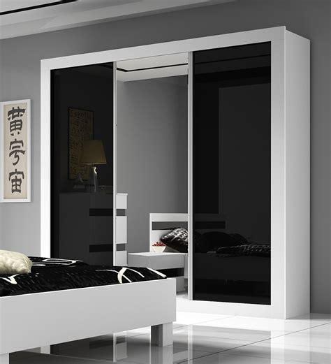chambre adulte noir et blanc chambre adulte complte design milan armoire portes chambre