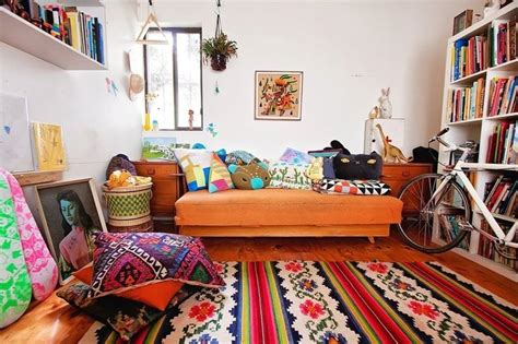 Best 25+ Colorful Couch Ideas On Pinterest  Green I