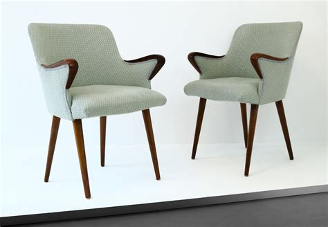 cherner armchair by p38 chairs by osvaldo borsani cupio gallery