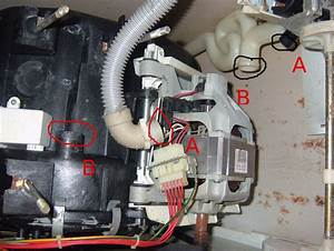 Machine A Laver Ne Vidange Plus : question r ponses forum d pannage panne vidange machine laver whirlpool awg 010 ~ Melissatoandfro.com Idées de Décoration