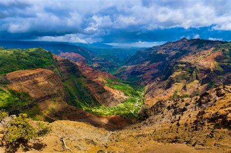 waimea canyon  kauai roberts hawaii