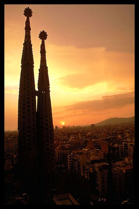 sunset   sagrada familia
