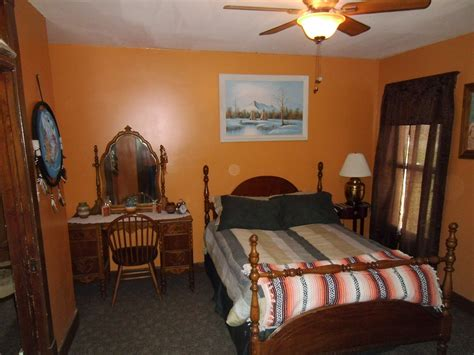 Native American Room  Loess Hills Bed And Breakfast. Interiors Design For Living Room. Living Room Framed Art. Living Room Colours Ideas. Living Room Color Ideas. Wall Color Living Room. Www Living Room Design. The Living Room Nightclub. Family Living Rooms