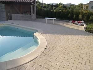 terrasse piscine pave autobloquant nos conseils With terrasse en pave autobloquant