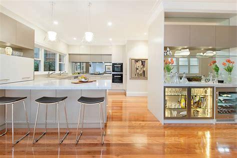 tile design for kitchen 50 best caesarstone bianco drift images on 6131