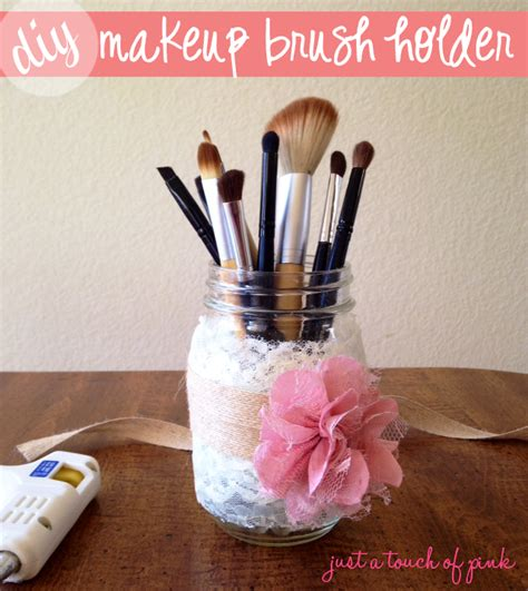 Diy Makeup Brush Holder Vivian Lindsay