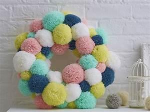 How to Make a Spring Pom Pom Wreath - Hobbycraft Blog
