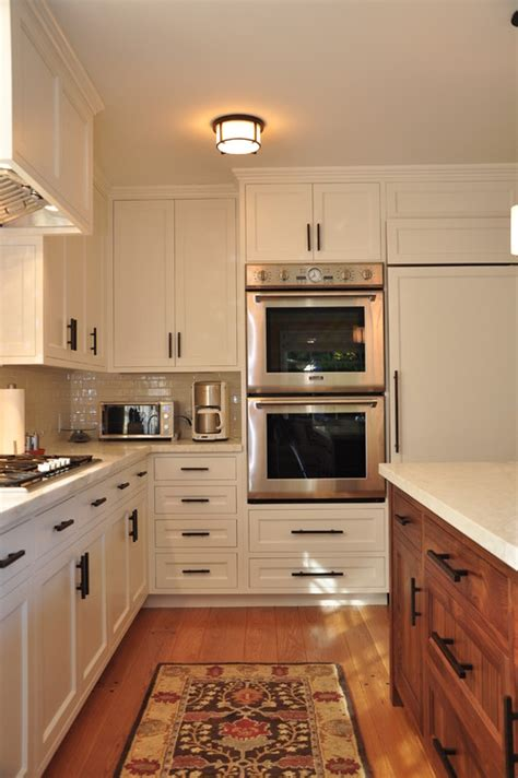 Kitchen Cabinet Hardware Placement Ideas by Is It Wise To Put An Oven Next To The Refrigerator