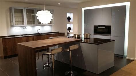 ilot cuisine bois davaus cuisine grise et bois avec ilot avec des