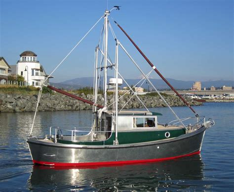 Small Fishing Boats Plans by 1000 Images About Boats On Small Fishing